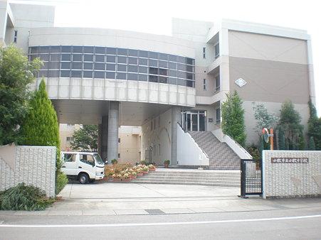 小牧中学校