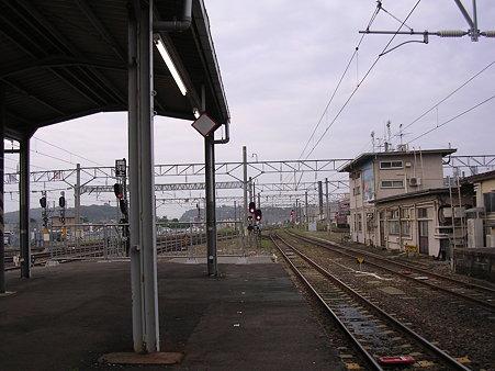 秋田駅ホーム上り方向先端