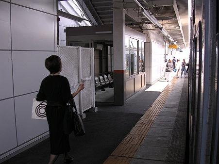 平田駅ホーム