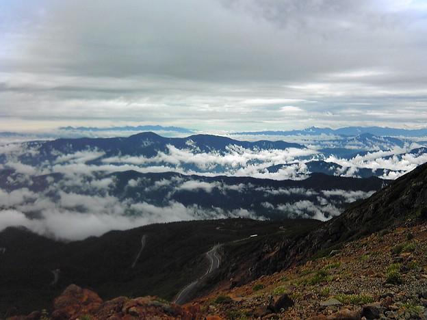 乗鞍 富士見岳山頂より   波のように! 携帯から