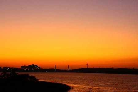 河北潟とサンセットブリッジ