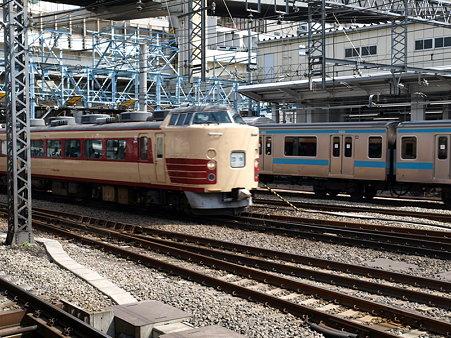189系(横浜駅)
