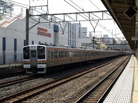 211系東海道本線(保土ヶ谷駅)2