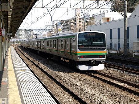 E231系東海道本線(保土ヶ谷駅)