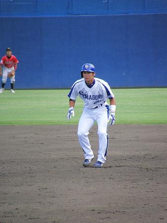 089 西川は四球で出塁