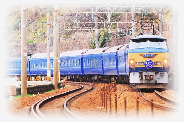 Photos: 東海道本線 由比-興津 寝台特急 富士はやぶさ