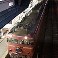 青森駅に佇む寝台特急日本海