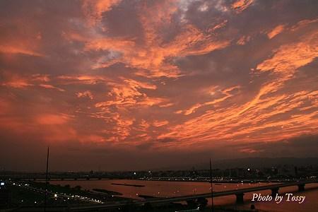 淀川の夕焼け