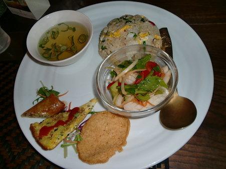 タイ風焼き飯ランチ