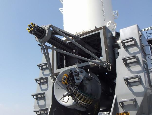 強力な自動兵器(MPO形式)