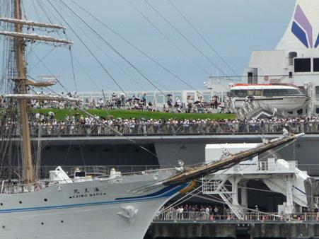 090720-大桟橋 総帆展帆 (5)