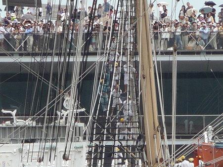 090720-大桟橋 総帆展帆 (12)