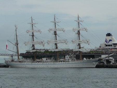 090720-大桟橋 総帆展帆 (22)
