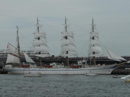 090720-大桟橋 総帆展帆 (35)