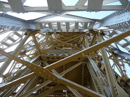 091012-マリンタワー 階段 (19)
