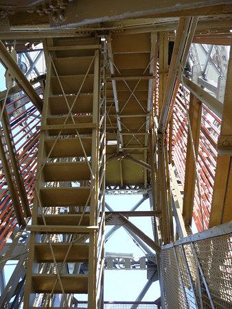 091012-マリンタワー 階段 (30)