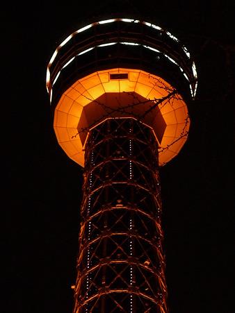 110115-マリンタワー 上り足元全景2 (57)