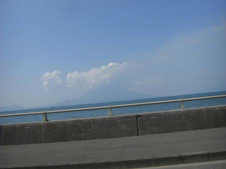 桜島が見えてきたゾ