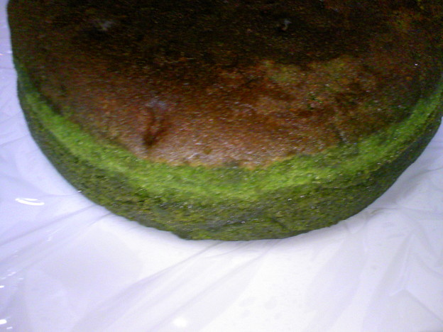 写真: 茶の環 贅沢抹茶満月(抹茶バターケーキ)?