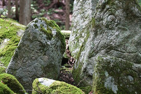 2009.08.12 遠野 自然石へ五百羅漢-2