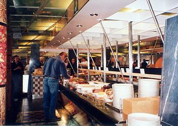 【14】タリンク・シリヤライン乗船 夕食ビュッフェ [2005]