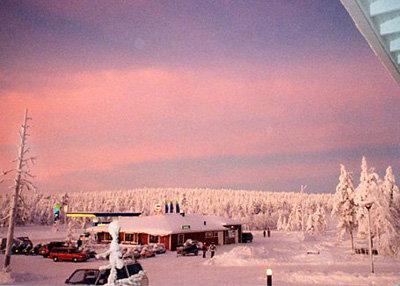 【オーロラを見たい!北極圏の小さな町サーリセルカへ】(10 ...