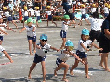 運動会の縄体操