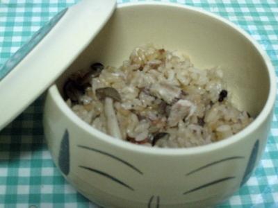 しめじと秋刀魚の炊き込みご飯