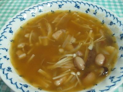 とらまめときのこのスープ