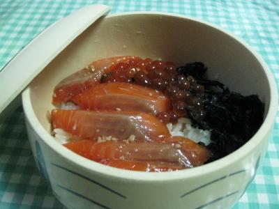 のんべえ仕様の鮭の親子丼
