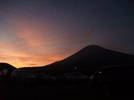 日の入りの富士