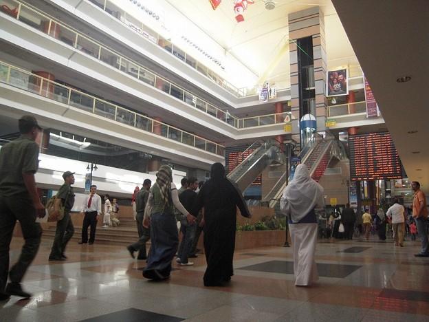 Photos: トルゴマーン長距離バスターミナル内部